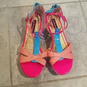 Dollhouse colorful wedges